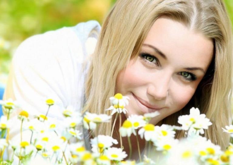 Φυσικές-βαφές-μαλλιών-με-βότανα