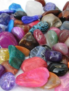 Η δύναμη και η ενέργεια που έχουν οι κρύσταλλοι
